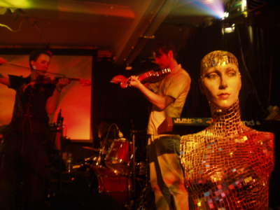 Now live at the Drones Club, 26th August 2004 (pic: Linus Tossio)
